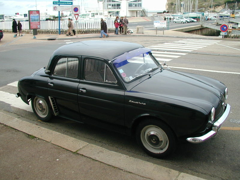 800px-Renault_Dauphine